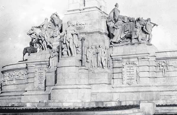2-Monumento-a-las-Cortes-VIII