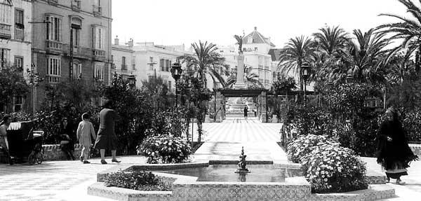 bomba-Cádiz.--Fiestas-Tipicas-año-1